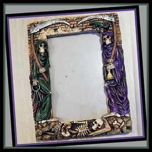 Summit Collection Skull & Reaper 4x6 frame